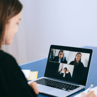 How-To-set-up-Virtual-Background-for-Online-Meetings